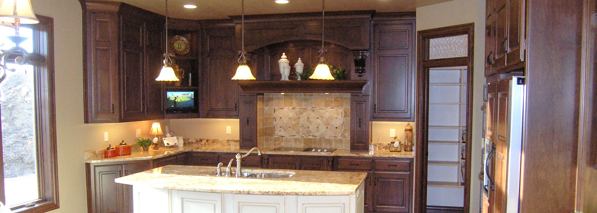 Heritage Woodworks Is A Wisconsin Cabinet Maker Providing Custom Cabinetry For Your Entire Home